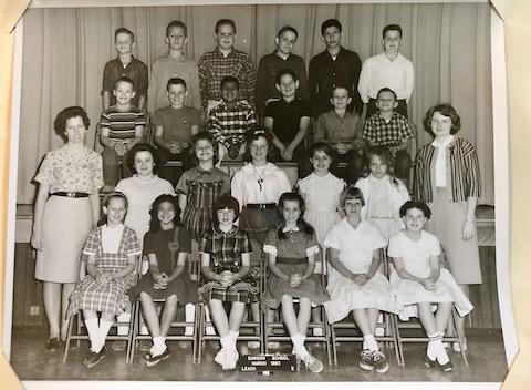 Mollie Dawson Elementary School class photo 5th grade 1963