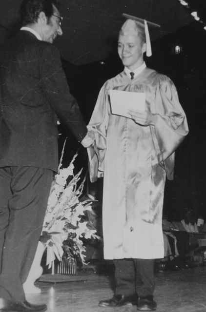 http://zhurnaly.com/images/Mark_Zimmermann_graduation_1970.jpg