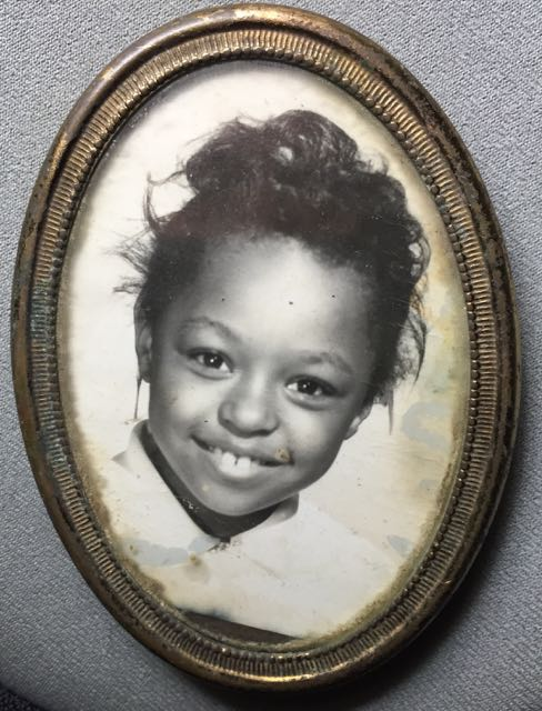 http://zhurnaly.com/images/Paulette_Dickerson_age_5.jpg