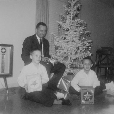 http://zhurnaly.com/images/Werner_and_Mark_and_Keith_Zimmermann_XMAS_1962.jpg