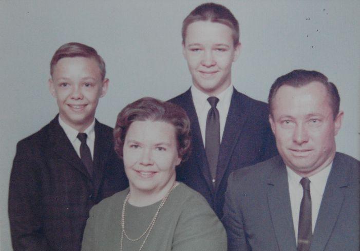 http://zhurnaly.com/images/Zimmermann_family_1965ish.jpg