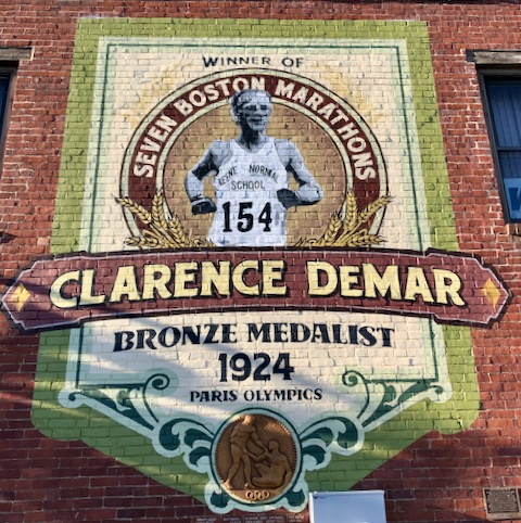 Clarence DeMar mural, Keene, New Hampshire