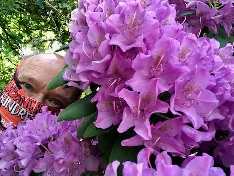 http://zhurnaly.com/images/run/flowers_z_2020-05-20.jpg