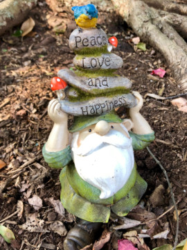 Lawn gnome peace love happ