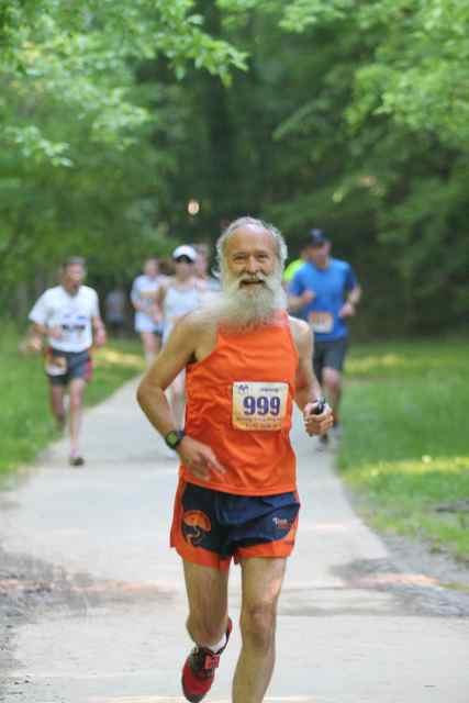 http://zhurnaly.com/images/running/Memorial_4_Mile_Run_2014_connie_corbett_z1.jpg