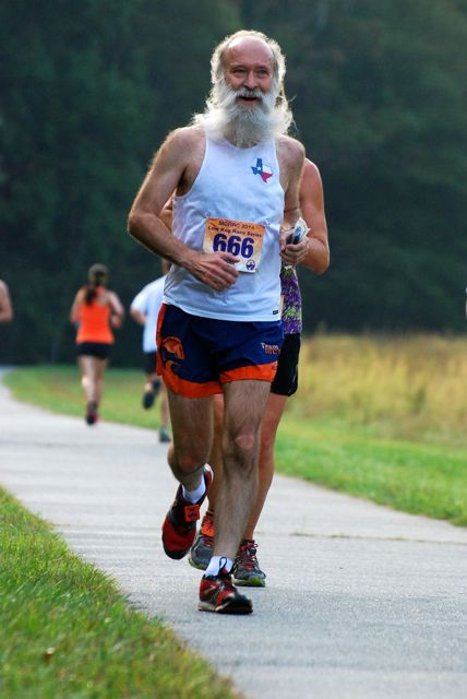 http://zhurnaly.com/images/running/Needwood_XC_2014_diFonzo_z2.jpg