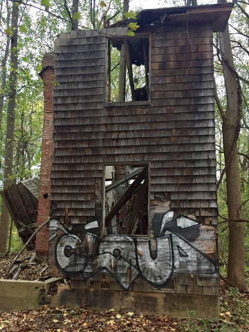 http://zhurnaly.com/images/running/Patapsco_50k_old_burned_farmhouse_2016-10-22_t.jpg