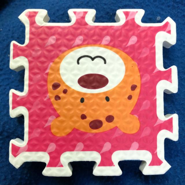 sushi bear tile