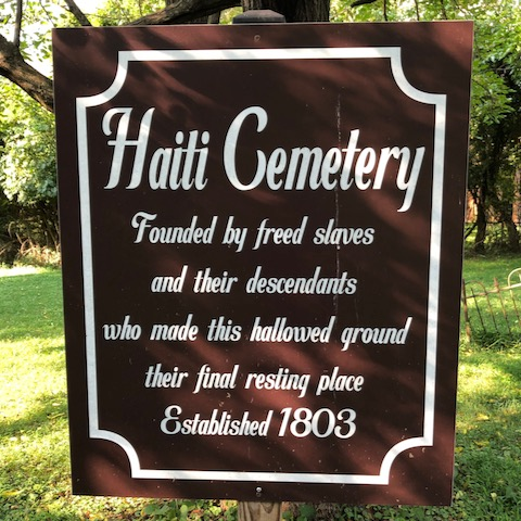 http://zhurnaly.com/images/walk/Haiti-Cemetery_sign_2020-08-26.jpg